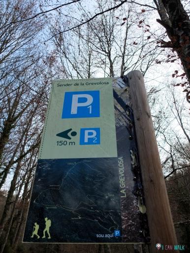 Finca de Grevolosa parking