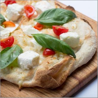 Pinseria italiana pizza con perros petfriendly barcelona